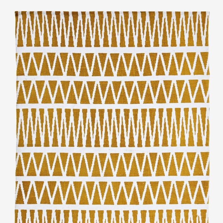 yellow-graphic-rug.jpg